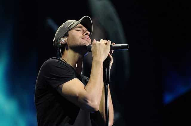 How Enrique Iglesias Can Help You Find Your Inner Happy