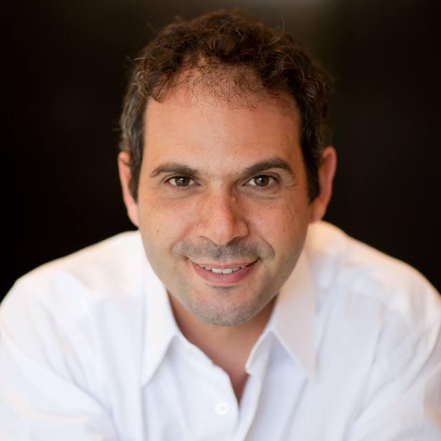 AJ Esmailzadeh - CEO of Private.me