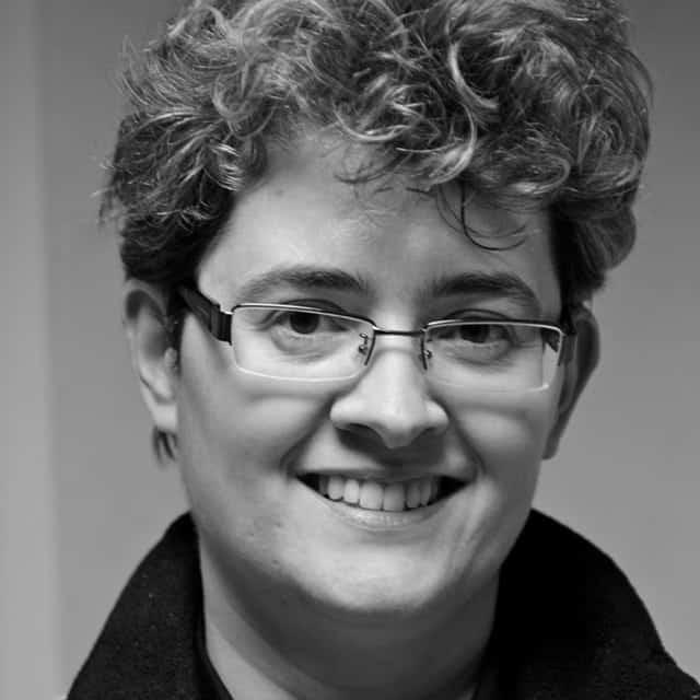 Anca Dumitru - Freelance Writer and Content Strategist