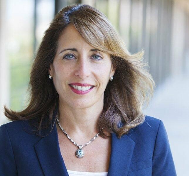 Judy Hackett - CMO at Dun & Bradstreet Emerging Businesses